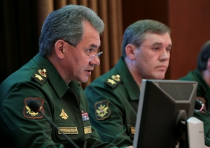 Defense Minister Shoygu Reviewing Exercises (photo: Mil.ru)