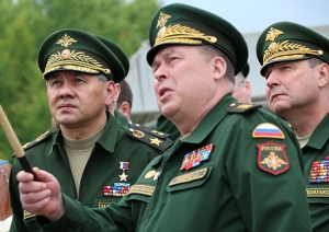 Shoygu with Western MD Commander General-Colonel Anatoliy Sidorov (photo: Mil.ru)