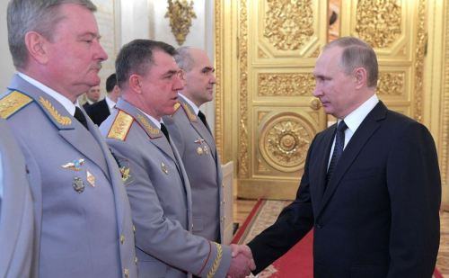 Putin starts with the MOD three-stars (photo Kremlin.ru)