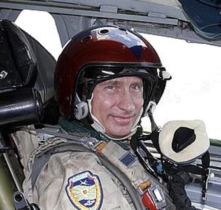 Well-worn shot of Putin before his 2005 flight in a Tu-160 (photo Kremlin.ru)
