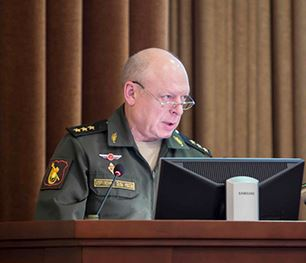 General-Colonel Salyukov address senior army officers in December