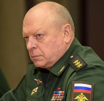 Salyukov wearing general-colonel