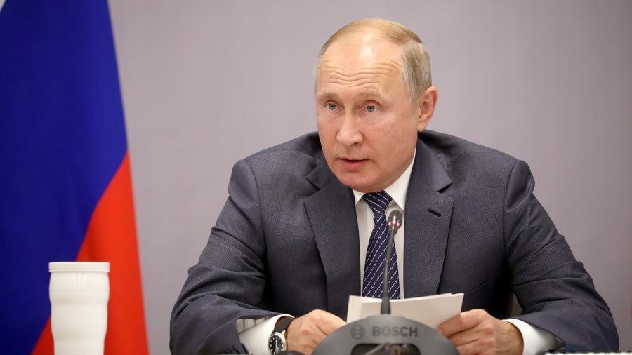 Putin addresses the VPK